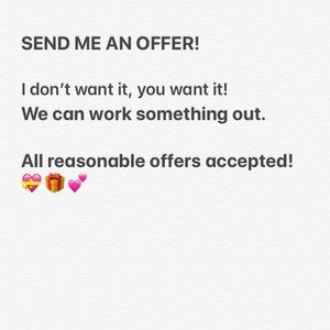 Other - SEND ME AN OFFER🍎🤗